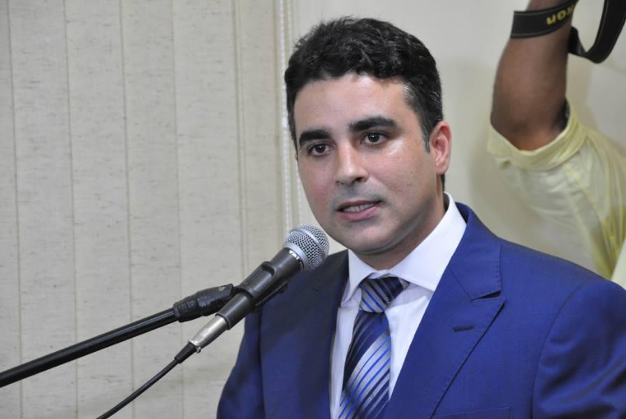 Resultado de imagem para prefeito francisco jose junior