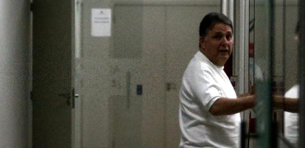 16nov2016---o-ex-governador-do-rio-de-janeiro-anthony-garotinho-pr-foi-levado-para-a-sede-da-policia-federal-no-centro-do-rio-apos-ter-sido-preso-nesta-quarta-feira-16-1479311389555_615x300
