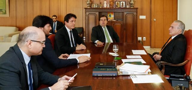 Robinson-participa-de-reunião-com-o-presidente-Temer_Alan-SantosPR_3